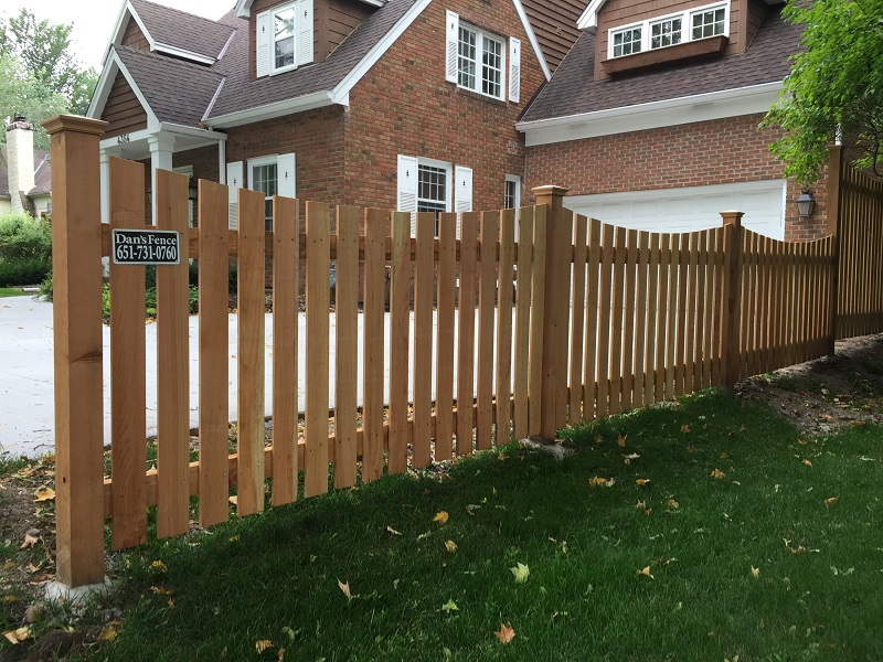 4-ft.-Scalloped-Picket