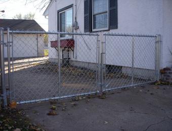 welded-double-gate-oversized